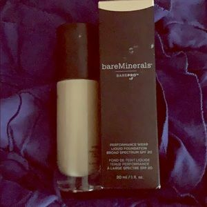 2 bottles Bare minerals #08
